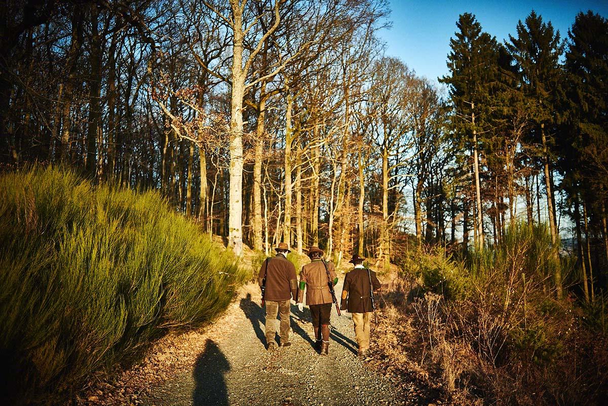Jäger im Wald - Jagd-Reportage mit Sternekoch Harald und Maximilian Rüssel Fotos: neon fotografie