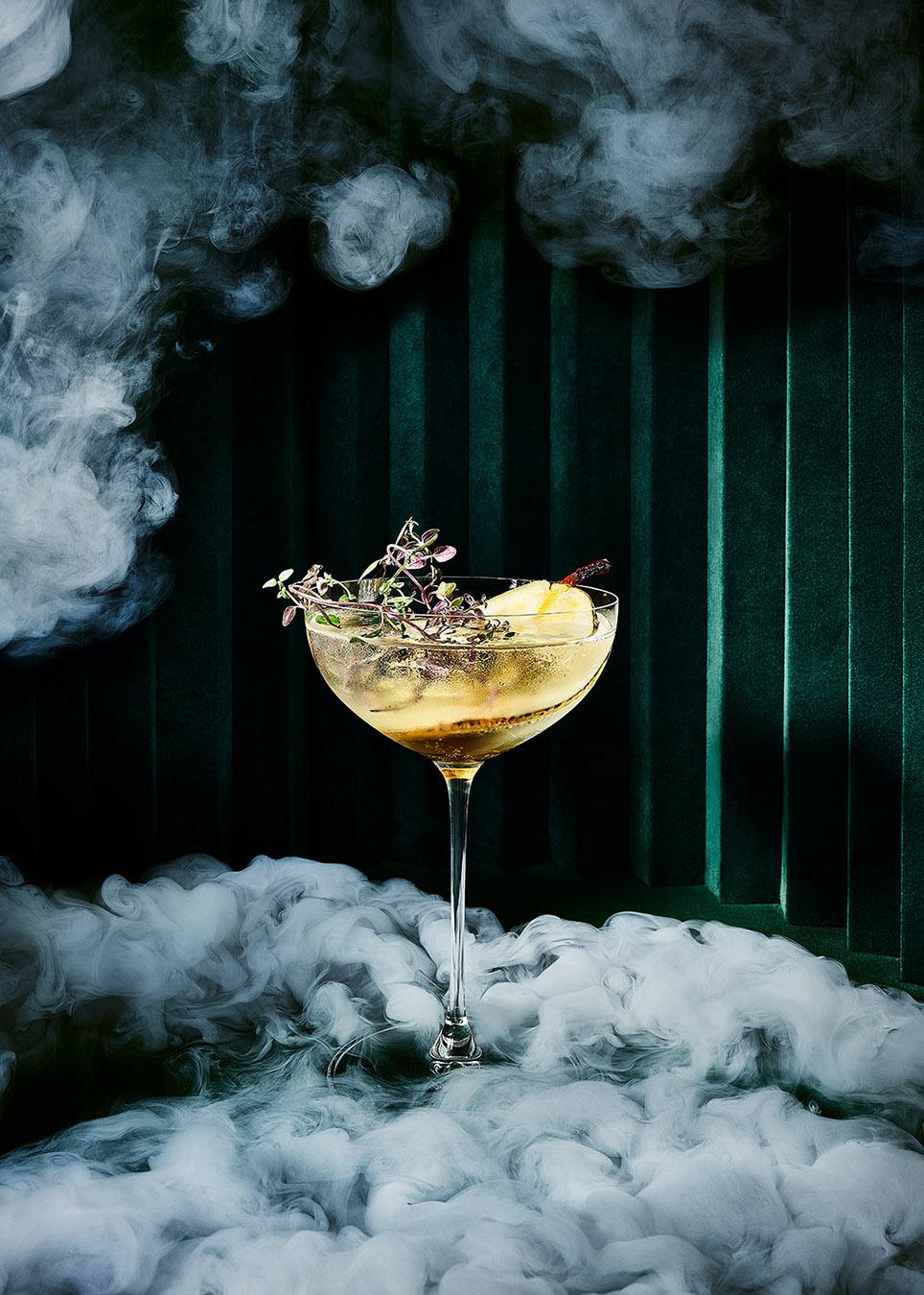 Künstlerische Stilllife Fotografie von Drinks, Cocktails und Getränken