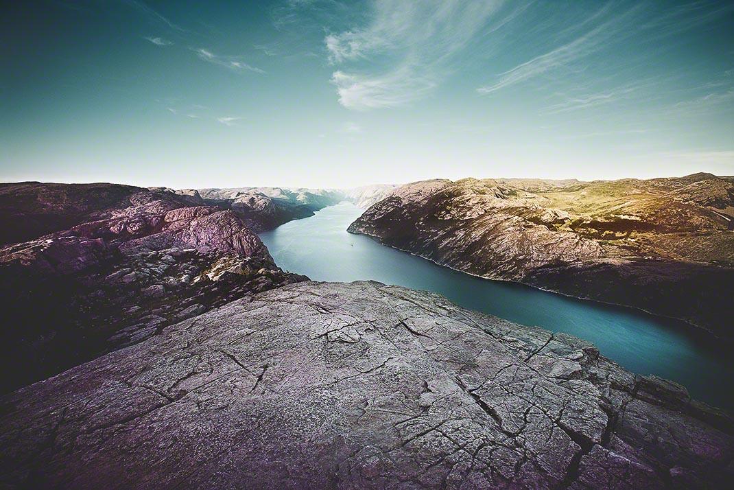 Blick vom Predigerstuhl auf den Lysefjord in Norwegen - Landschaftsfotografie: Anna Schneider / neon fotografie