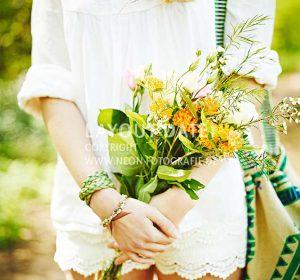 <span>Sommerliche Garten-Party</span><i>→</i>